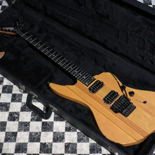 Robin Guitars Machete Custom African Korina
