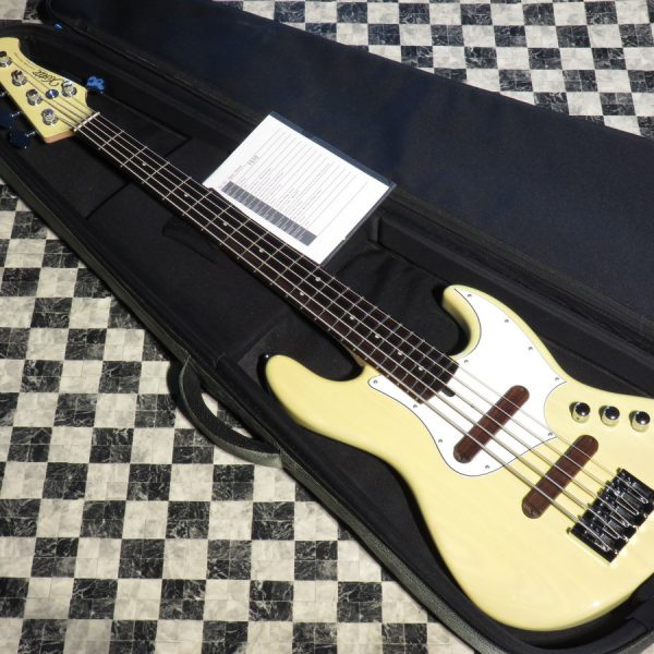 Xotic XJ-1T 5-string Ash 22F Rosewood Matching Head
